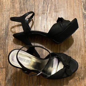 SOLD - Jennifer Lopez Heels Size 8.5